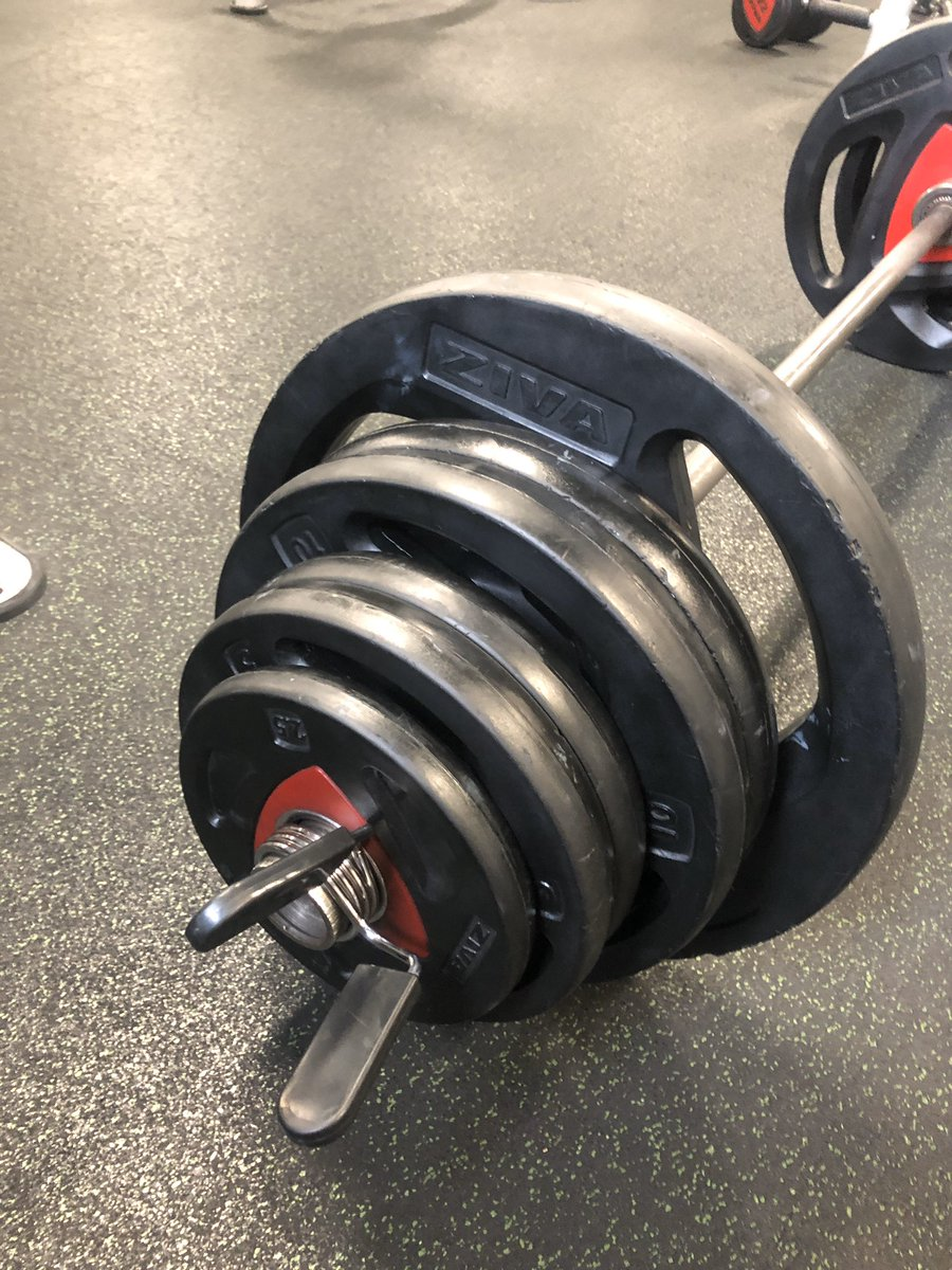 Well that was heavy , Big phat mondays at the #gym, #exercise #fitness #cardio #weightlifting #deadlifts #olympiclifts #powercleanpic.twitter.com/Iq11R6HAEE