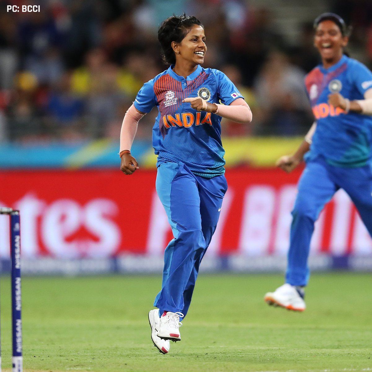 Poonam Yadav's spell of / and Shafali Verma's quickfire  off  helped the Indian Women's team win by 18 runs against Bangladesh!   #INDvBAN #T20WorldCup  #OrangeArmy<br>http://pic.twitter.com/JSwIdLEj9u