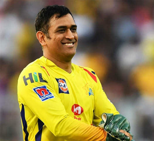 So Thalaivar's 168 is named #Annaatthe. One more of Thalaivar which will get along with #Dhoni now. We can say #அண்ணாத்த  ஆடுறார் ஒத்திக்கோ ஒத்திக்கோ ! Come soon March 29th.<br>http://pic.twitter.com/PErXJWxPjk