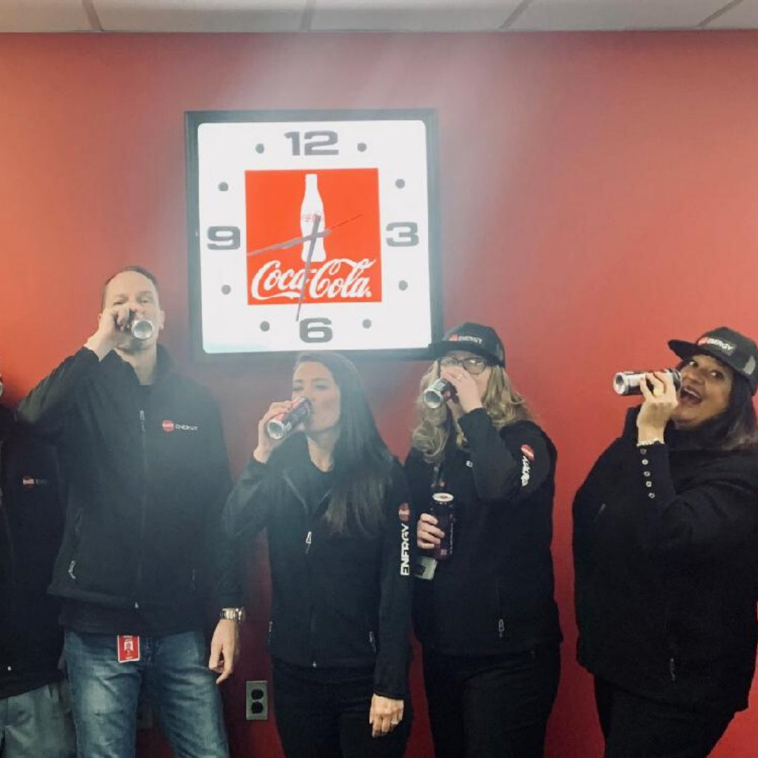 Coca-Cola Elmira is ready to #ShowUp on this Monday morning, are you?!  The energy you want. The taste you love!  #CokeEnergypic.twitter.com/f2zj19lind