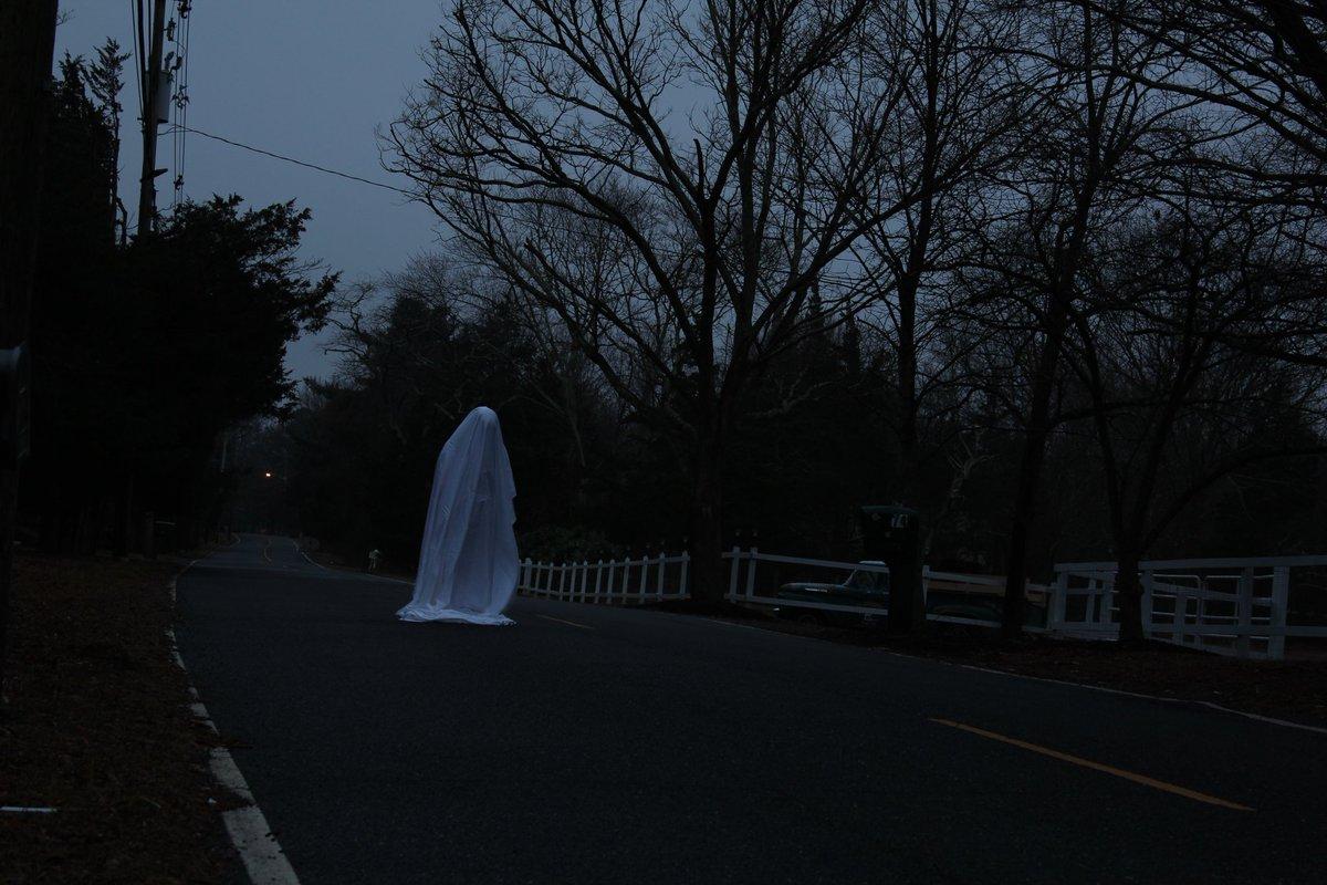 6:39 am • // #canonusa #creepy #darkphotography #ghostphotography #horror #modernarts #njphotographer #occult #paranormal #paranormalphotography #quietmoments #surrealistart #surrealphotography #surrealphoto #teamcanonpic.twitter.com/ZPUUCJE4en