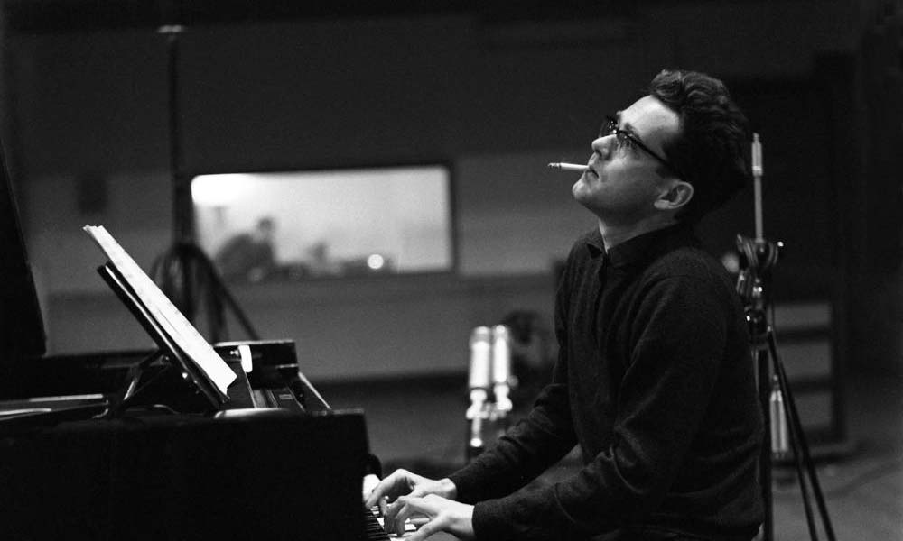 """""""I have a very strange melodic gift: melodies come to me effortlessly.""""  #MichelLegrand"""