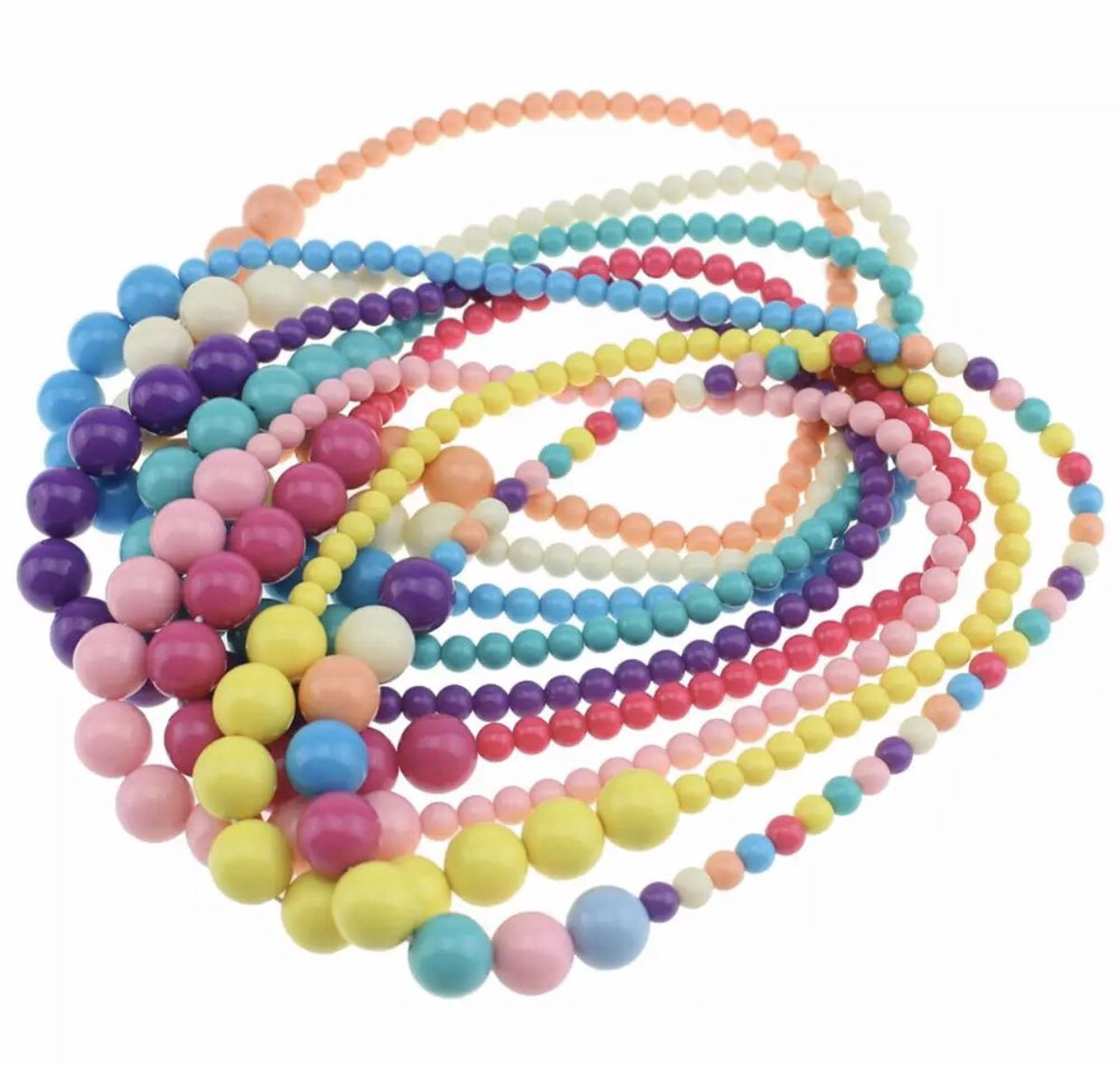 The 80's always seem to come back in style. Gum ball bead necklaces.  Little Pink Mermaid. Whimsical, fun, sweet & sassy pretties for little girls. Our online shop opens soon. . #littlepinkmermaid #kidsfashion #kids #girlythings #girls #girly #accessories #80s #style #fashionpic.twitter.com/sukxAtPU3e
