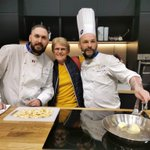 Image for the Tweet beginning: Belle brigade des chefs Euro-Toques