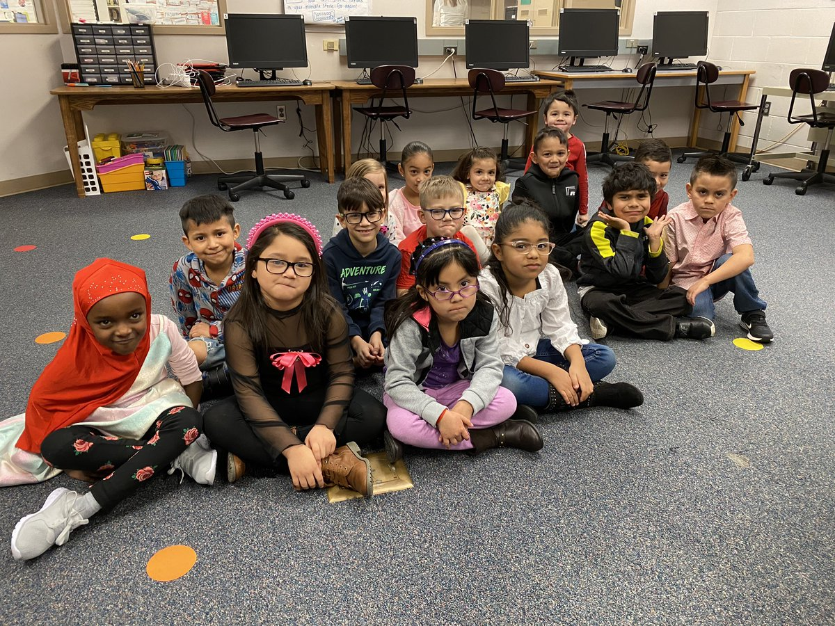 @jimmykimmel These kindergarteners put their serious faces on to prepare to read The Serious Goose @DodgeGI #theseriousgoose