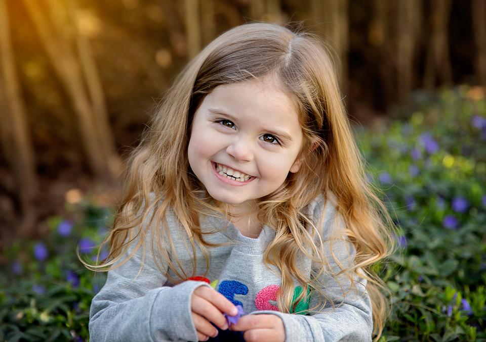 A little piece of sunshine! #theredbarnphotography #childphotography #childphotographer #click #clickinmoms #clickmagazine #pixelkids #posepatchpic.twitter.com/t179s4zDHi