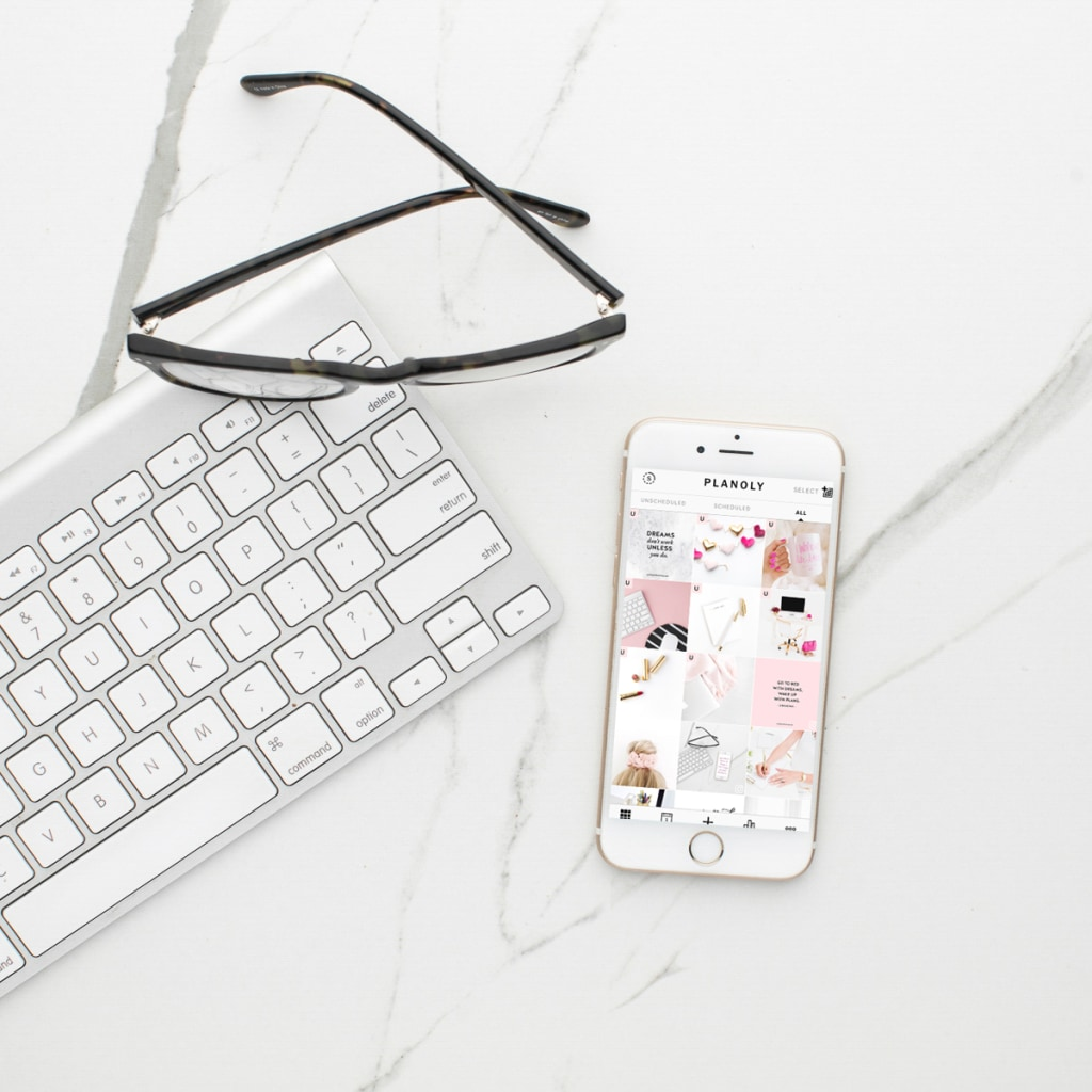 My #Instagram strategy is easy, productive, and stress-free thanks to my secret (not so secret) weapon: Planoly!! 👉🏻  (affiliate) #socialmedia #bloggers