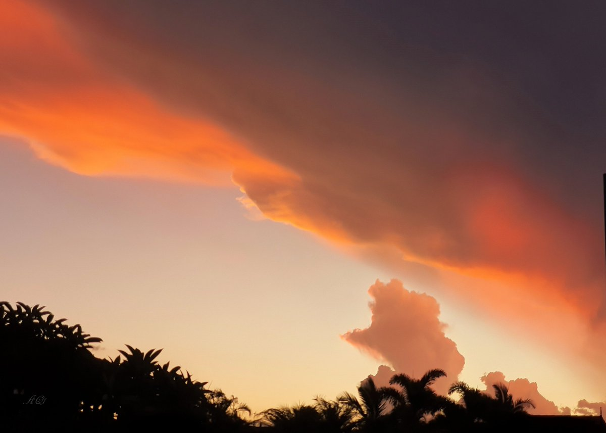 #Sunset cloud.  An amazing sky from last week. #Qld