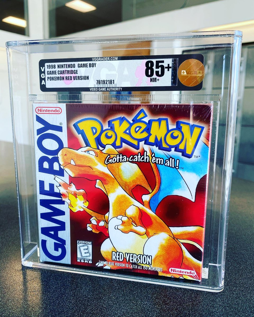 Sealed Pokémon Red Game Boy game!