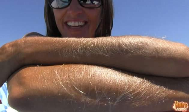 What Do Men Think About Women With Hairy Legs