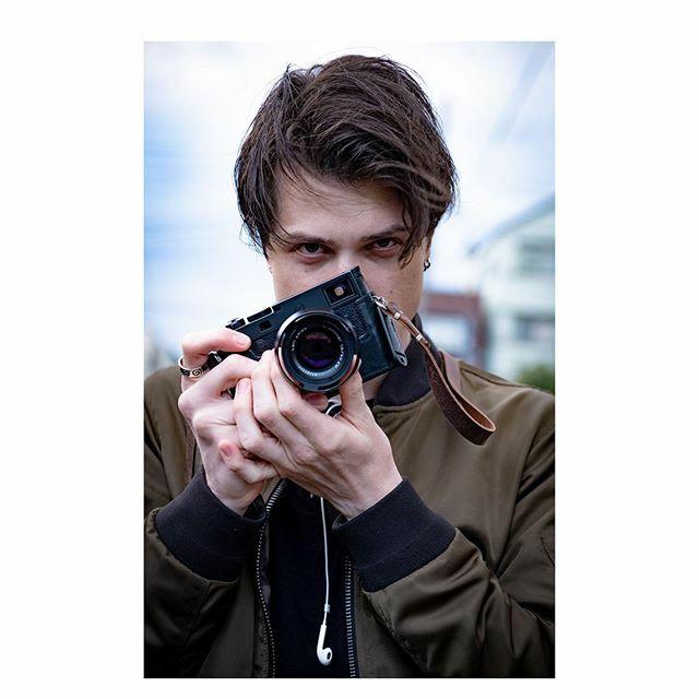 #clc with @swhiteii  Follow him on instagram. He takes pretty pictures. . . . . .  #streetphoto #magnumphotos #streetlife #streetportrait #documentary #lensculturestreets #urbanphotography #modellife #malemodels #modelling #fitmodel #supermodel #modelpho… https://ift.tt/38WOKwzpic.twitter.com/LzxYNBCoEX
