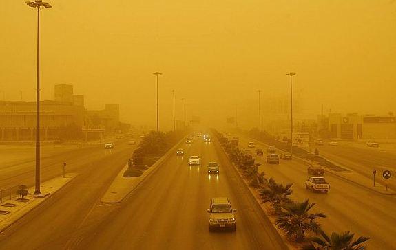 #الجهني : أجواء غير مستقرة على #المملكة .. وتوقعات بموجات غبارية اليوم على هذه المناطق  http://akh24.me/n2ZF50yuR8e #السعودية