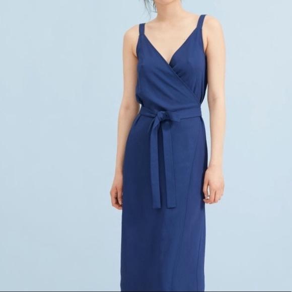 So good I had to share! Check out all the items I'm loving on @Poshmarkapp #poshmark #fashion #style #shopmycloset #everlane #vincecamuto #rayban: https://posh.mk/ezWVv40Ye3pic.twitter.com/ua2DYnHux7