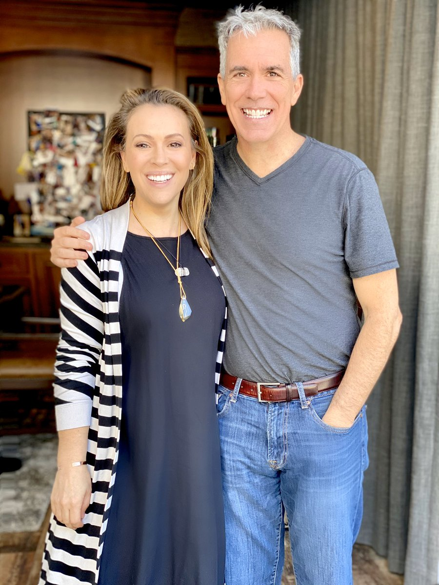 F*CK SILENCE!   Find out how @WalshFreedom went from conservative Tea Party hero to @realDonaldTrump's worst nightmare.   We won't find common ground with silence. Fuck silence. #SorryNotSorry   Listen Here:  https:// podcasts.apple.com/us/podcast/aly ssa-milano-sorry-not-sorry/id1460720864?i=1000466476432  …  <br>http://pic.twitter.com/Rlr7juC0WS