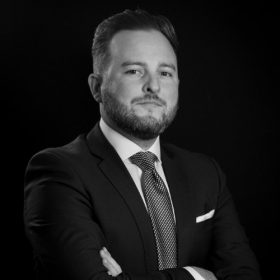 ADSS Onboards Aaron Brown to eFX & CFDs InstitutionalSales https://myfxinfo.com/adss-onboards-aaron-brown-to-efx-cfds-institutional-sales/…pic.twitter.com/lQlMRW1LoD