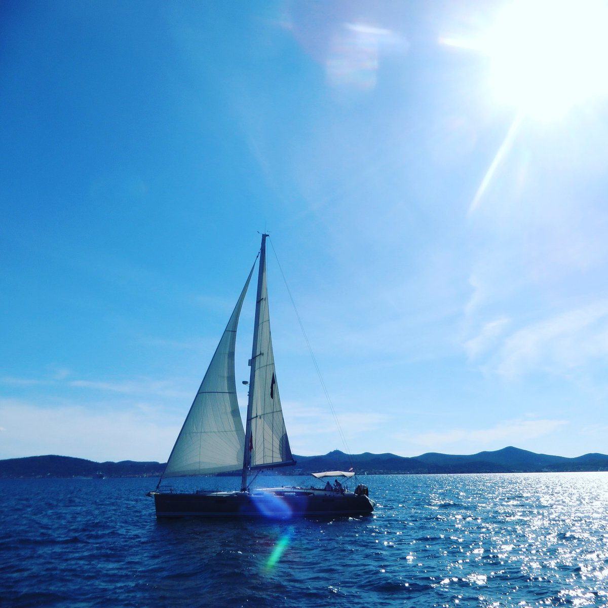 """There was nowhere to go but everywhere...""  – Jack Kerouac   #OnTheRoad #MondayMotivation #Sailing #AroundTheWorld #AdventureTravel #LuxuryTravel #Croatia #VisitCroatia #TzellTravels #TravelMatters #croatiafulloflife #ionlytravelwithCIREpic.twitter.com/nOL32BfkUA"
