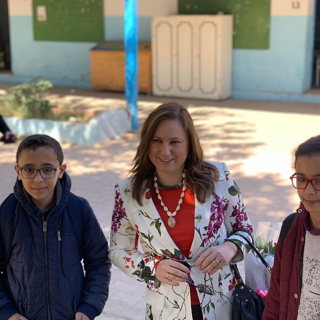 Together with Anatoly opening the 1st school chess club in Djerba. Lovely kids as always;) #ChessConnectsUs Anatoly Karpov International School of Chesspic.twitter.com/NCUzb1imIV