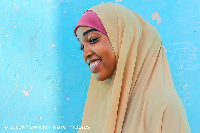 #somaligirl #somalia #mogadishu #portrait #portraitphotography #photography #photography#world #worldcaptures  Somalia, Mogadishu, March 2018 pic.twitter.com/U6vEnxqShe
