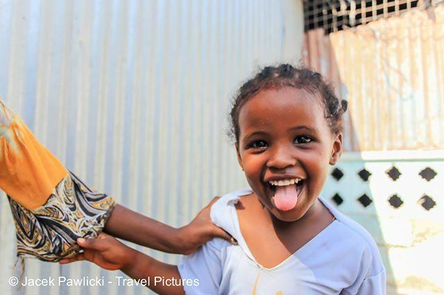 #somaligirl #somalia #mogadishu #portrait #portraitphotography #photography #photography#world #worldcaptures  Somalia, Mogadishu, March 2018 pic.twitter.com/QjJpYKVZf5