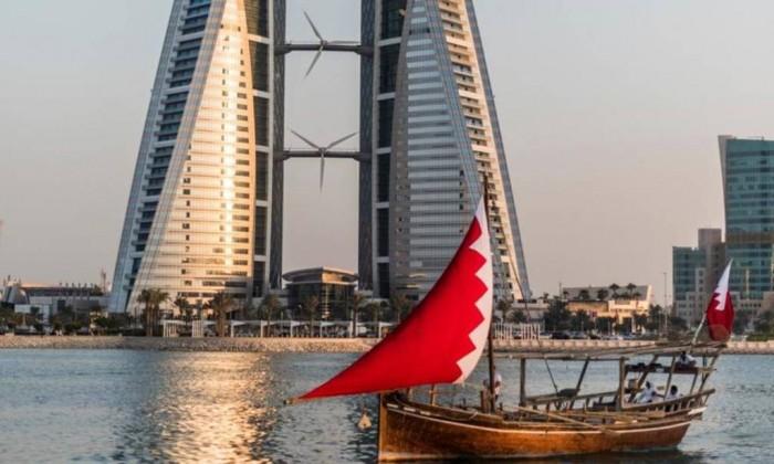 #البحرين تعلن تعليق جميع الرحلات القادمة من #دبي و #الشارقة لمدة 48 ساعة  http://akh24.me/gWhK50yuRT9