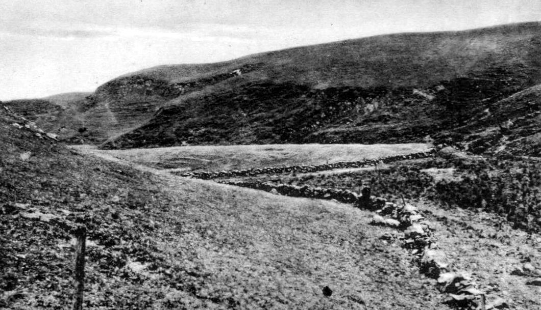 Old Tour #Scotland Ancestry Travel visit Genealogy Scottish Family History Blog photograph and information and story of the #Lovers #Glen near #Eaglesham, #East #Renfrewshire This was a trysting place https://tour-scotland-photographs.blogspot.com/2019/07/old-photograph-lovers-glen-eaglesham.html…