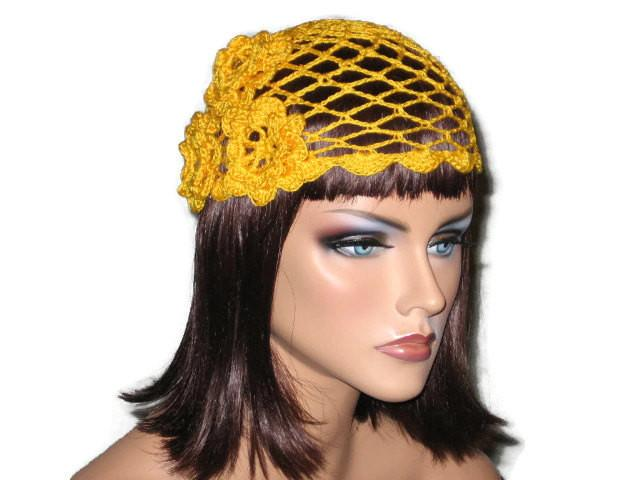 Handmade Scalloped Edge Lace Demi Cloche, Yellow http://bit.ly/2su3P8O #Shopify #CoutureService #Beanie_hat