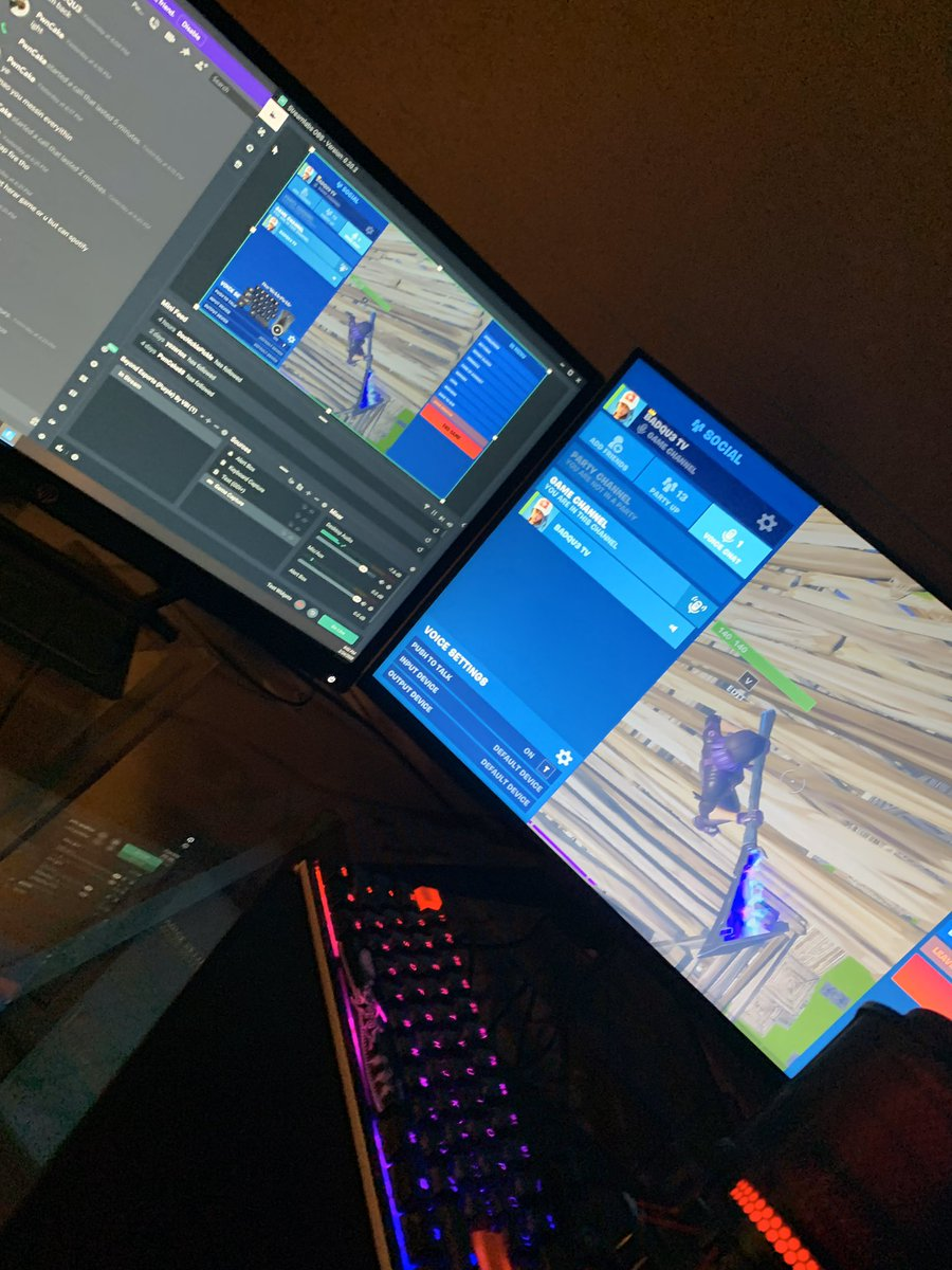 Live now @ http://Twitch.tv/badqu3  #fortnite #fortnitebattleroyale #streamer #twitch #gaming #twitchstreamer #pcgaming #pc #live #supportsmallstreamers #fortnitecompetitive #battleroyale #stream #ps #smallstreamersconnect #smallstreamer #streamer_RT #TwitchDEpic.twitter.com/gafzOFYVIS