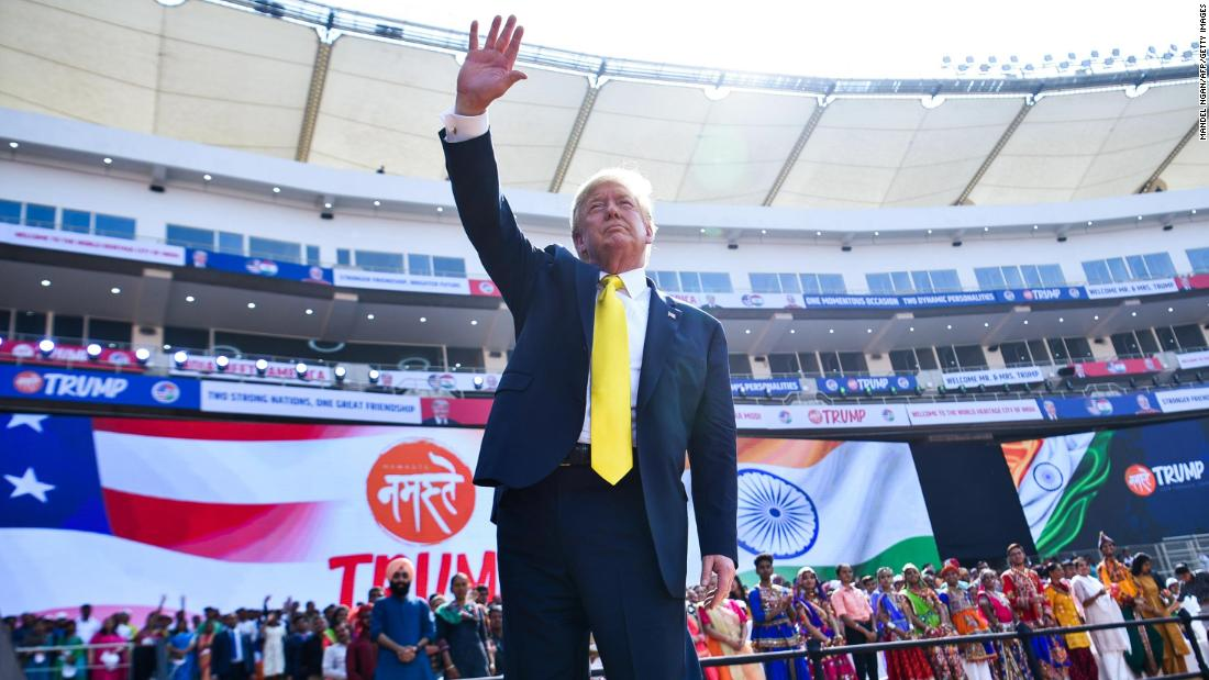 Those in the audience in India wore white Namaste Trump hats cnn.it/3a35Qt2