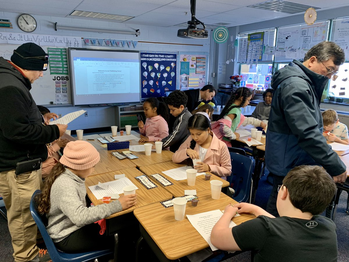 What an amazing turnout for our second publishing party of the year! Students got to show off their persuasive essays and give each other  positive feedback about their writing. Thank you to all the parents who joined us! <a target='_blank' href='http://twitter.com/CampbellAPS'>@CampbellAPS</a> <a target='_blank' href='http://search.twitter.com/search?q=WriteOn'><a target='_blank' href='https://twitter.com/hashtag/WriteOn?src=hash'>#WriteOn</a></a> <a target='_blank' href='https://t.co/O5RzRAt4UD'>https://t.co/O5RzRAt4UD</a>