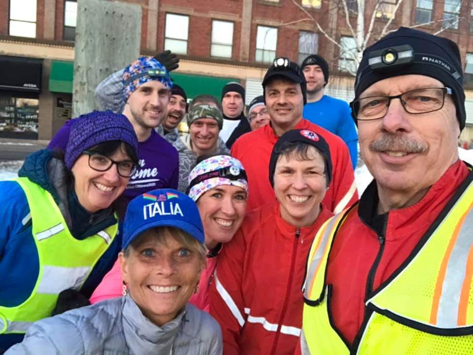 This is hands down the best run I've had.   Possibly ever.    10 km 5:25/km (with traffic lights)  SHORTS IN FEBRUARY! #TeamAwesome #marathon #runottawa2020 #teamnuun <br>http://pic.twitter.com/XRXYwkVqsX