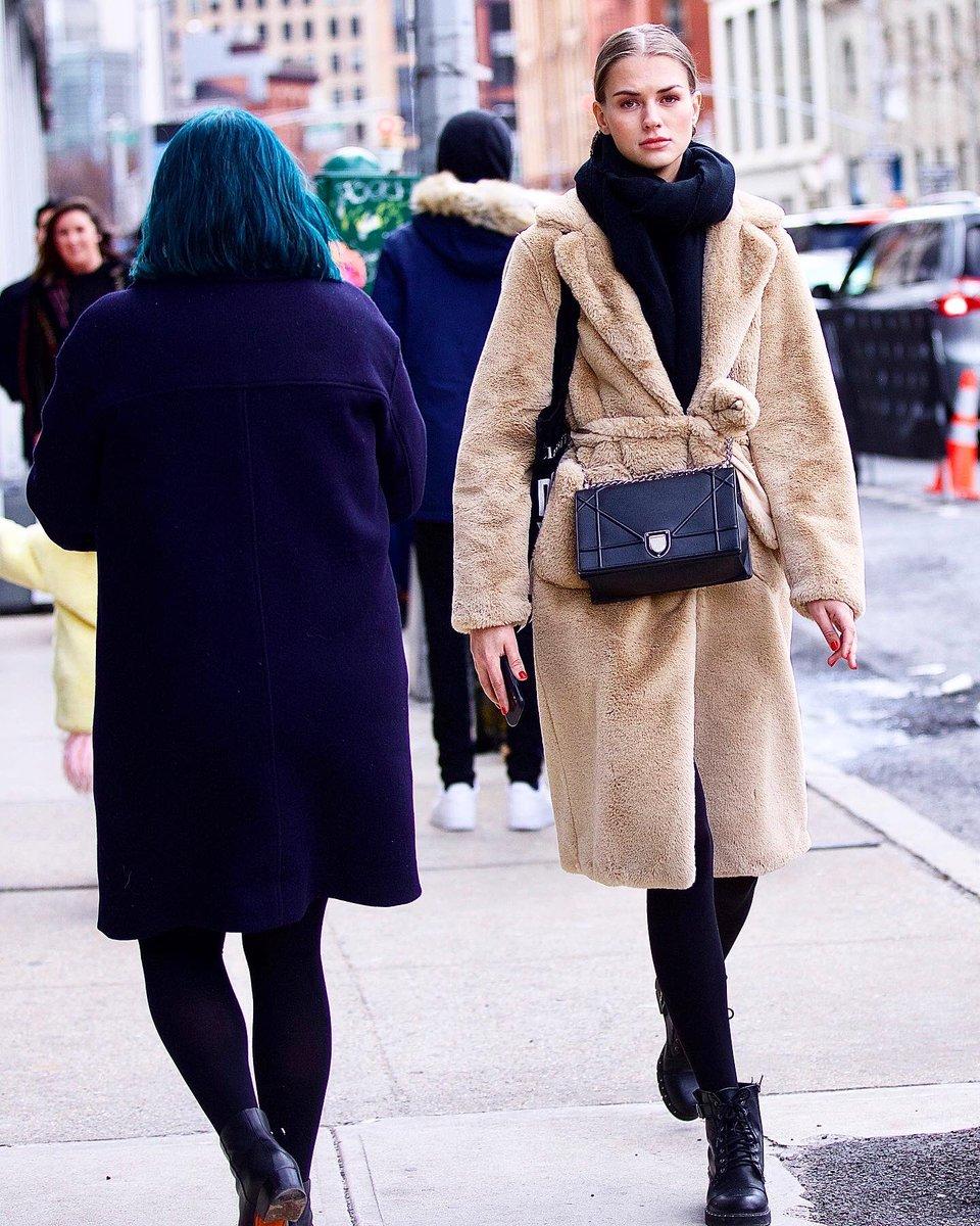 #NYFW #NewYorkFashionWeek #Fashionista #Fashionable #PrettyWoman #Fashion #FashionModel  #FashionWeek #FashionDesigner #Style #nycStreetStyle #StreetFashion #NewYorkCity #NYC #FashionPhotography #Style #HauteCouture #Designer  #WWD #Vogue #NYTimesFashionpic.twitter.com/4Qb99QuG2B – at Spring Studios