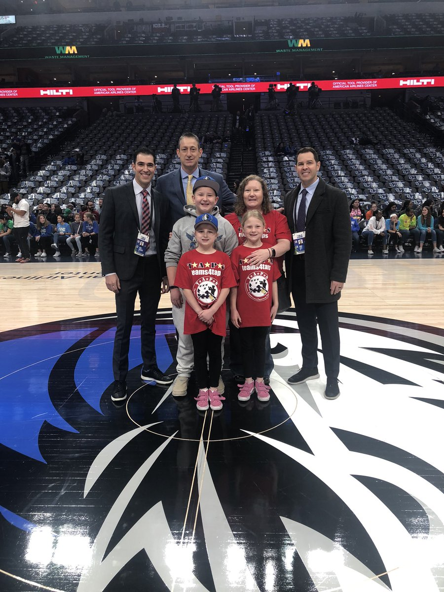 Tonight the @OfficialNBARefs are hosting the surviving family of @USArmy Staff Sergeant Eric Casillas for the @Timberwolves vs. @dallasmavs game. This @TAPSorg family is having a great time enjoying the game in honor of their hero! @nbacares – at American Airlines Center