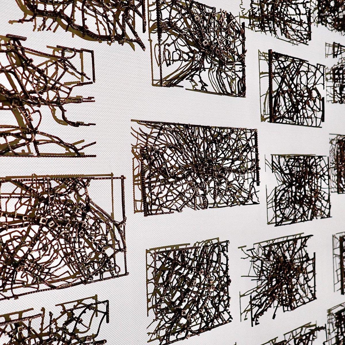 【個展開催中です】 3/1まで!  場所: ART FRONT GALLERY  東京都渋谷区猿楽町 29-18 ヒルサイドテラス A棟 会期:2/7(金) – 3/1(日) 時間:11:00 - 19:00 (月、火休) #久野彩子 #ayakokuno #metalcasting  #brass #artfrontgallery #国旗 #富士山 #オリンピック #上水下水道