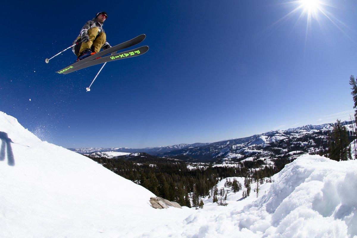 @JedKravitz jumping over Northstar PC: @rileybathurst Tracked on #Snowledge #SnowledgeIsPowder . . .  @praxisskis #handcraftedskis #skiing #ski #bluebird #jump #send #build #getoutside #winter #tricks #snow #freeski #spring #februly