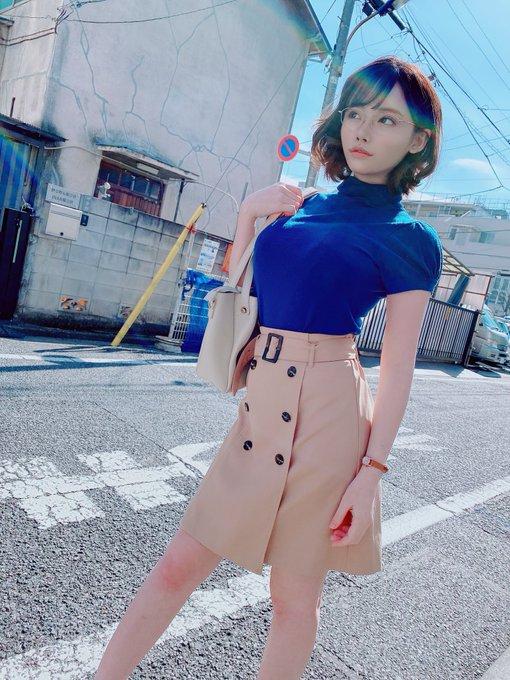 AV女優深田えいみのTwitter自撮りエロ画像29