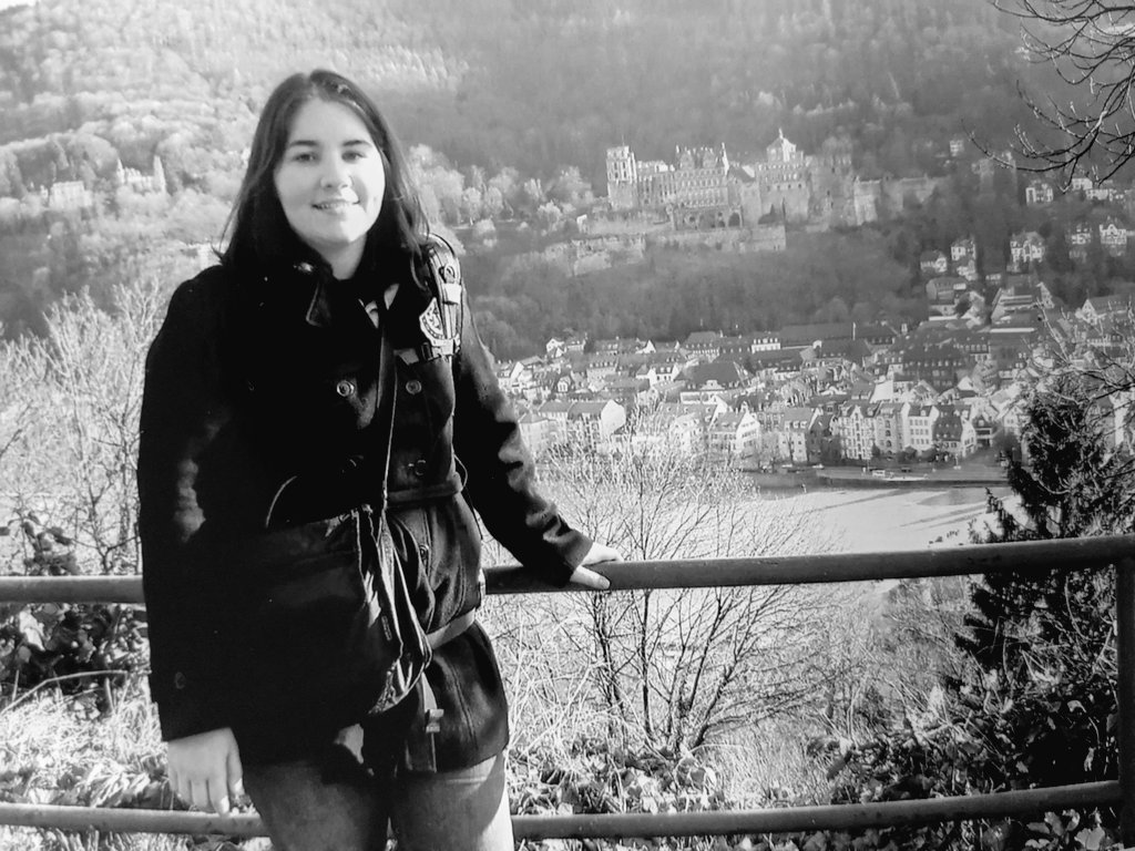 My 2005 semester abroad in Reutlingen (RT 75) changed my life. I knew then that teaching German was in my future. Now I lead HS kids on an exchange with GAPP and provide them with the chance to experience life overseas! #StudyAbroadDay #Heidelberg pic.twitter.com/HUIL6kBBmd