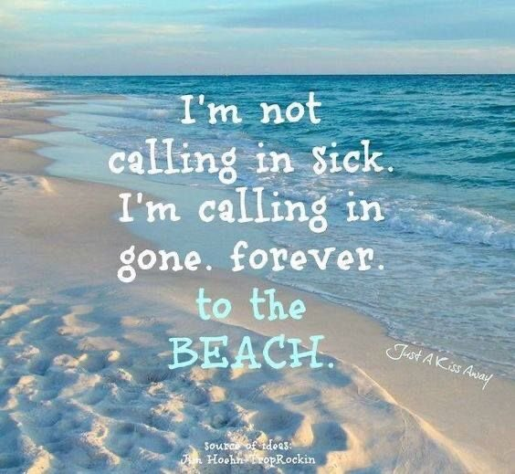 We need the #beach @laureninthedsrt 💙🤍💙 Love you 😘 🤗