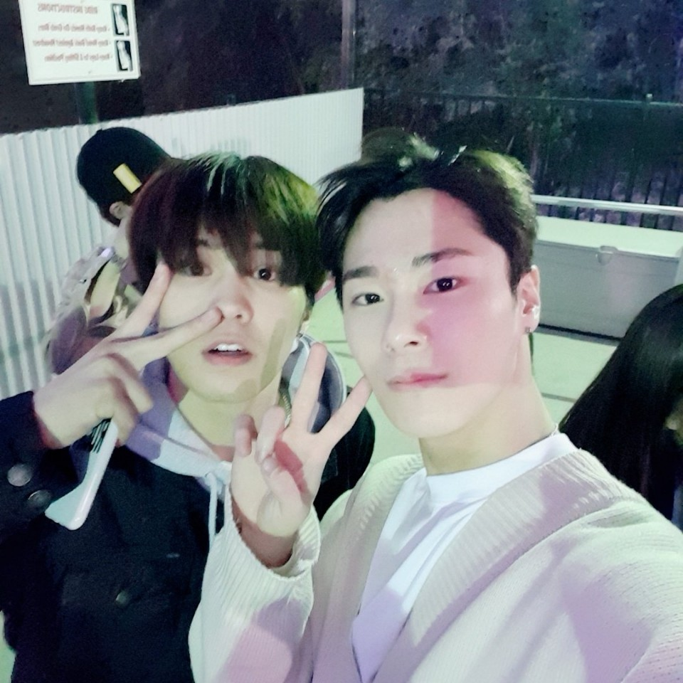 moonbin will always have the softest spot for his baby brother raki they've been together for so long since they were babie trainees and i cant imagine seeing them aparthappies birthday to the most precious and loveable park minhyuk @offclASTRO im so proud of youpic.twitter.com/TqyaeSGdlJ