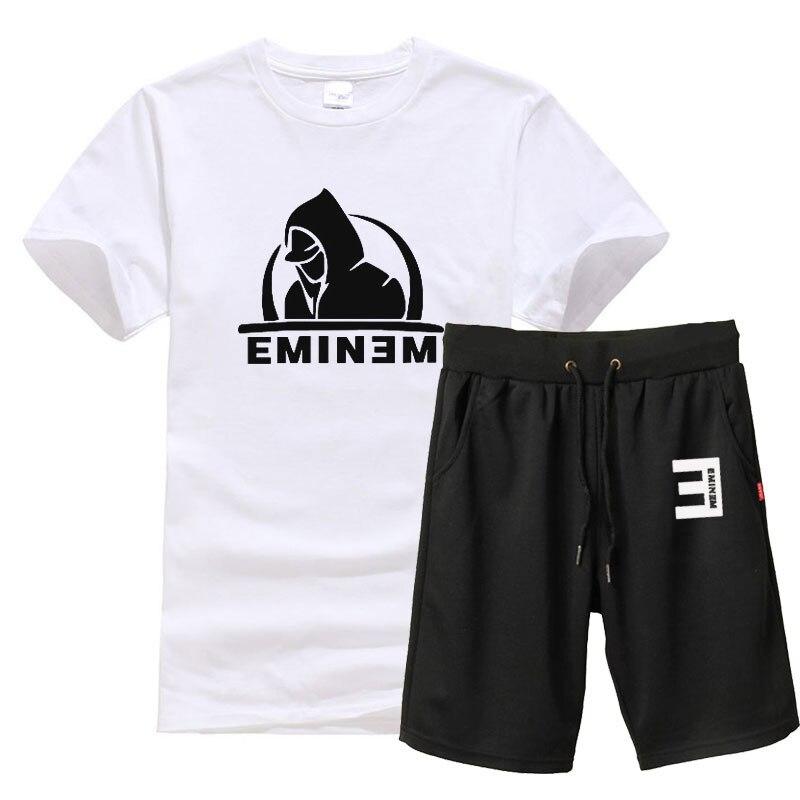 NEW Eminem Merch with FREE Worldwide Shipping: http://eminem-merch.com . . #eminem #hiphop #music #rap #stan #drdre #kamikaze #revival #8mile #slimshady #rapgod #eminemfan pic.twitter.com/48lgHhSqlX