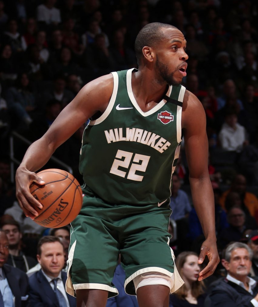 @TheNBACentral's photo on khris middleton