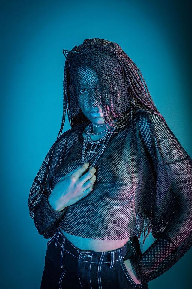 cat woman or? #alternativemodel #alternativegirl #alternative #model #altmodel #goth #alternativefashion #gothgirl #gothic #girlswithtattoos #alternativestyle #inked #altgirl #tattoos #gothgoth #gothmodel #portrait #photoshoot #art #modeling #emo #grungepic.twitter.com/egk4sEOxrt