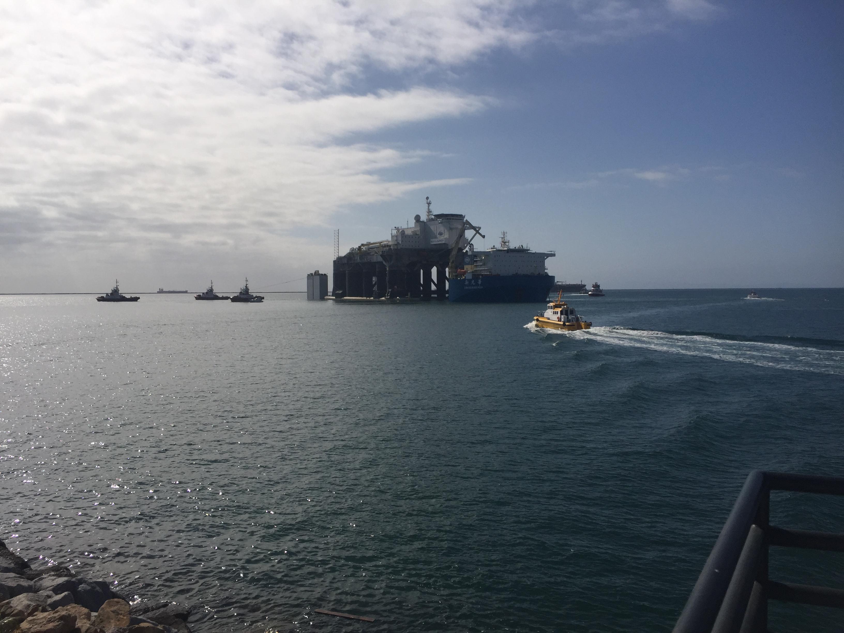 снято нашим агентом  в гавани  порта Лос-Анджелеса, левее стоянка юсовских крейсеров и эсминцев
