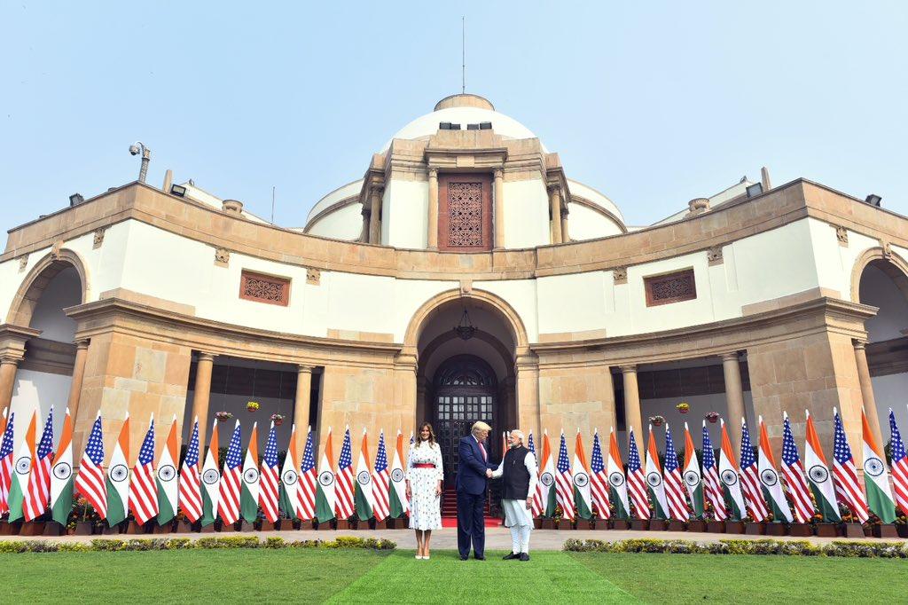 यह संबंध, 21वीं सदी की सबसे महत्वपूर्ण पार्टनरशिप्स में है।     और इसलिए आज राष्ट्रपति Trump और मैंने हमारे सम्बन्धों को Comprehensive Global Strategic Partnership के स्तर पर ले जाने का निर्णय लिया है: PM @narendramodi