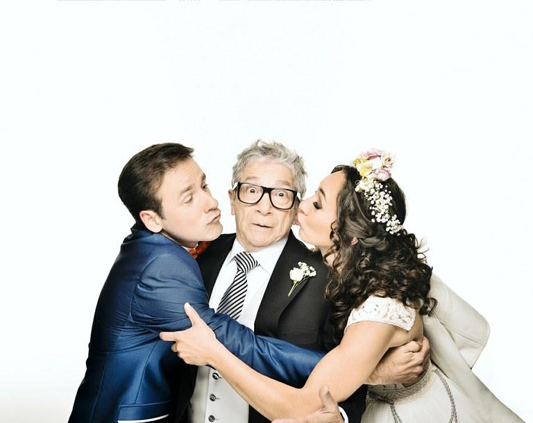 """Aquest dimecres es posen a la venda les entrades per a una segona funció de la comèdia """"El pare de la núvia"""" al Teatre Tarragona.   La representació tindrà lloc el divendres 5 de juny, a les 18 hores.  http://ow.ly/vO0U50yubMJpic.twitter.com/VapXsFMLM0"""