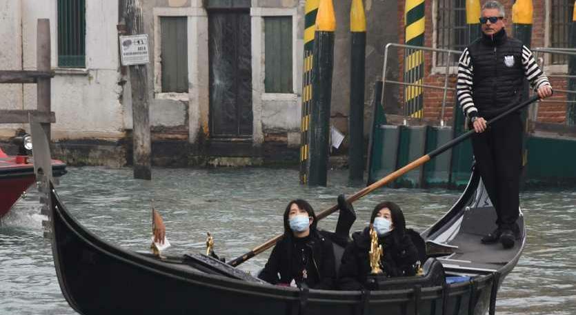 Coronavirus in Veneto: a Venezia cambiano le masch...