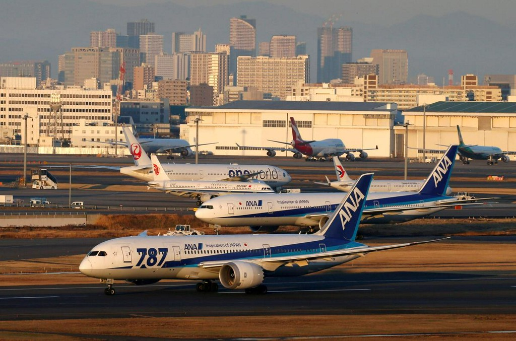 Japan's ANA orders 15 more Boeing 787 Dreamliners worth $5 billion at list prices https://reut.rs/2VisnxK