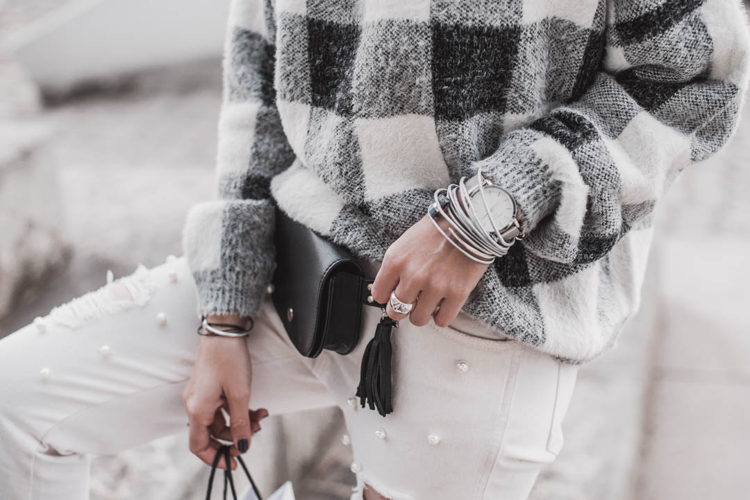 Monochrome Outfits – so gelingt der Look   [Anzeige] #fashion #fashionblogger #ootd #lookbook #juliesdresscode #winteroutfit #modetrend #winter #wintermode #winterfashion #throwback2018
