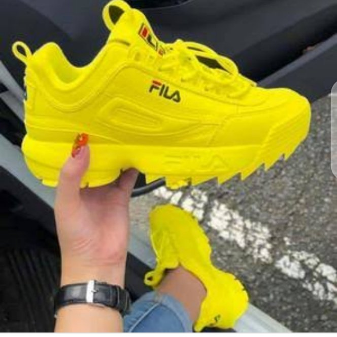 Fila disruptor  Sizes 37-42 2800 Delivery done countrywide  Whatsapp call text 0723548467  For more drips follow me @Smasher_KE  for more deals. #WeLoveBabuOwino  #Thika  #ValentineswithNobody  #VanessaBryant https://t.co/72Xgij7mmW