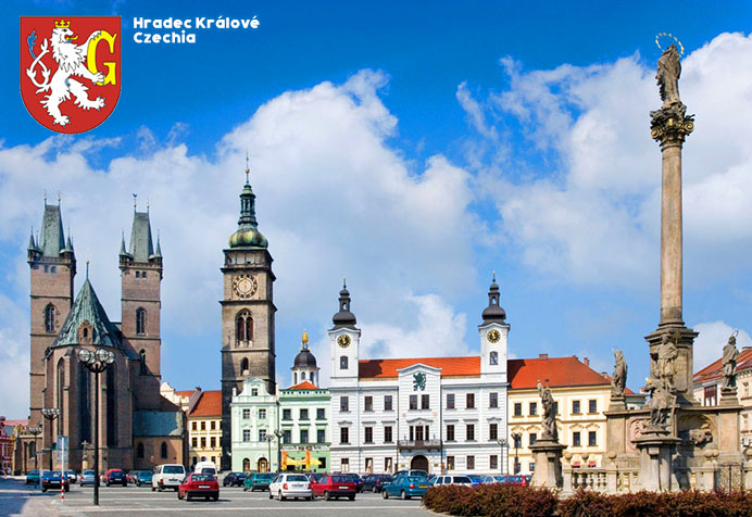 Hradec Králové, Czechia 🇨🇿 Cathedral of Holy Spirit, White Tower and City Hall #square #houses #cathedral #tower #cityhall #sky #clouds #tourism ourism #VisitCzechia #CzechiaHeritage #Czechia