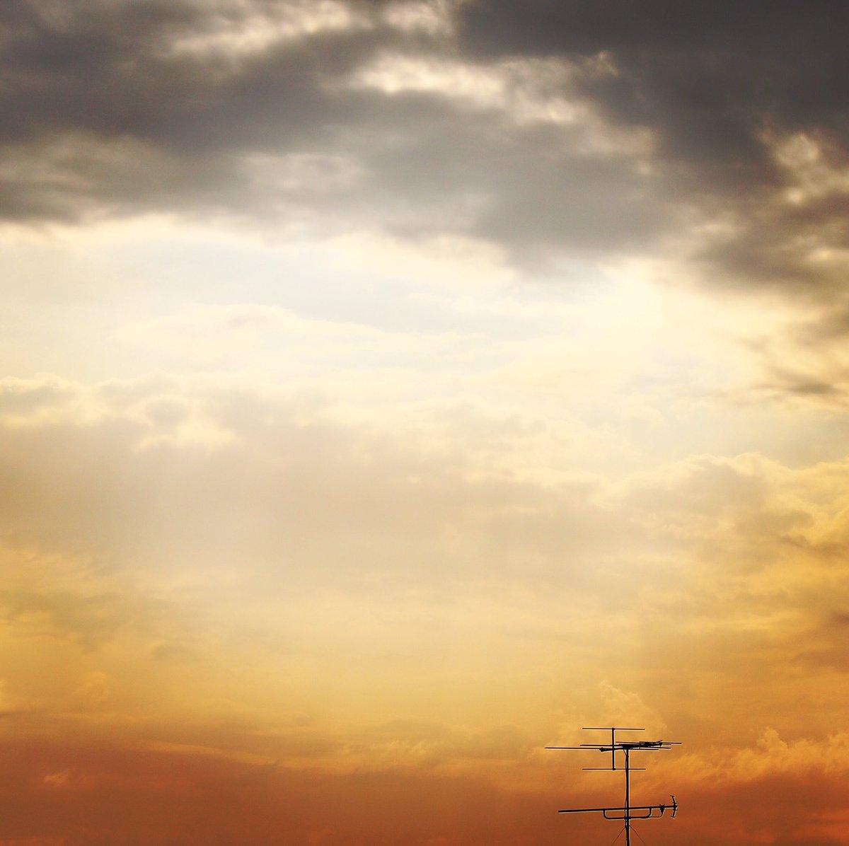 このまま、 雨は降らないでー!(w。 #空 #雲 #sky #イマソラ #ファインダー越しの私の世界 #写真撮ってる人と繋がりたい
